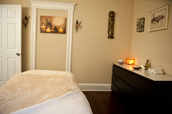 West Hartford, CT: facial room