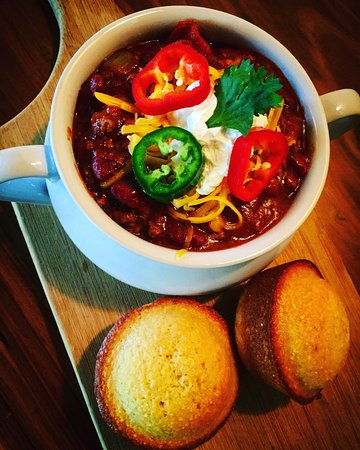 Occidental, CA: House made chili with buttermilk cornbread