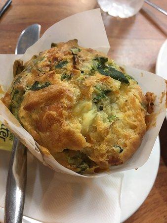 Metricup, Australien: Savoury muffin ... excellent!!