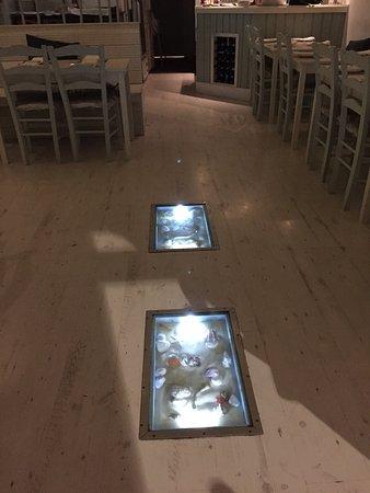 Santorini Restaurant : photo2.jpg