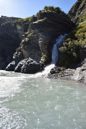 Queenstown, Nuova Zelanda: Waterfall