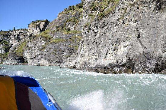 Queenstown, Nuova Zelanda: Jet boating on the Shotover