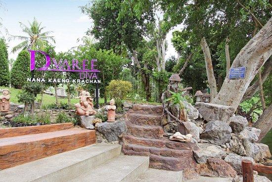 Kaeng Krachan, Thailand: Exterior