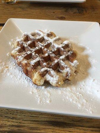 CrepeBar: Fresh Waffle
