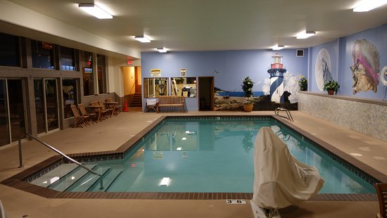 BEST WESTERN Holiday Hotel: a great swimming pool in this BW
