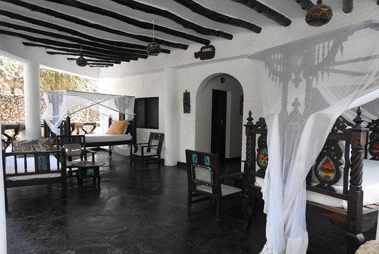 schöne Zimmer mit grossem Vorplatz Picture of Scorpio Villas