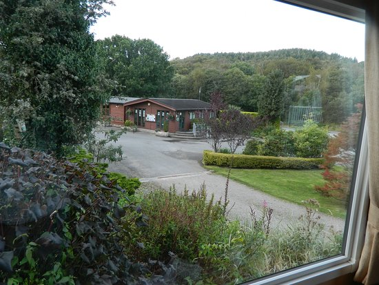 Kippford, UK: View from front of caravan - reception office