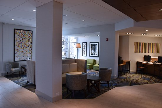 lobby entrance picture of holiday inn express suites. Black Bedroom Furniture Sets. Home Design Ideas