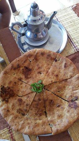 Restaurant Oasis Tafilalet: La pizza berbera