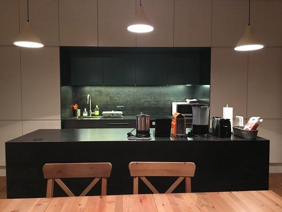 Appartements Ferchergasse: Gemütlicher Platz In Der Modernen, Großen Küche