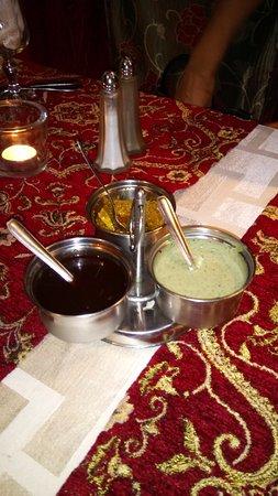 Saint-Michel-Sur-Orge, ฝรั่งเศส: 3 sauces une sucrée une épicée une douce