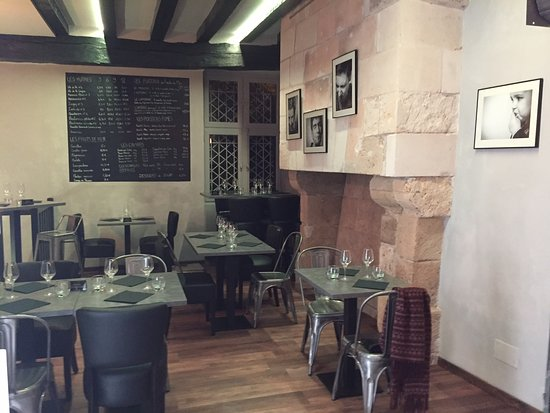 Loches, France: salle de l'Oyster Bar