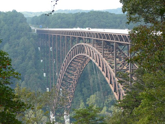 Lansing, WV: Super view of bridge from visitor centre