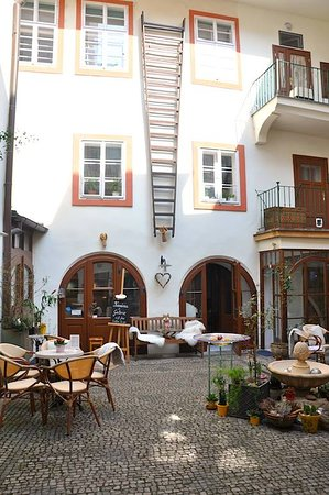 Art Residence Prague DVUR UMENI PRAHA
