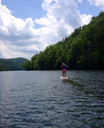Hungry Mother State Park: Paddle Boarding in summer