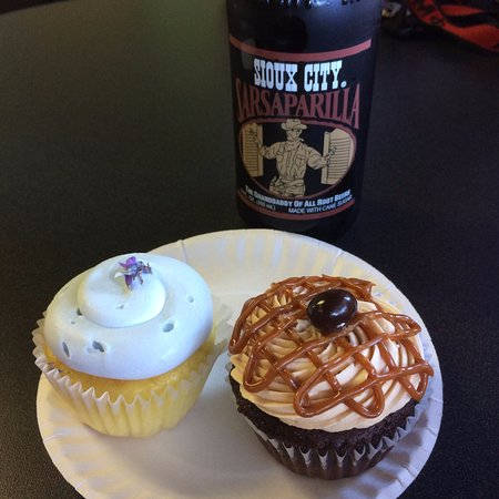 Pittsburg, KS: Lavender lemonade cupcake, Mocha Latte Salted Caramel cupcake, and sarsaparilla!