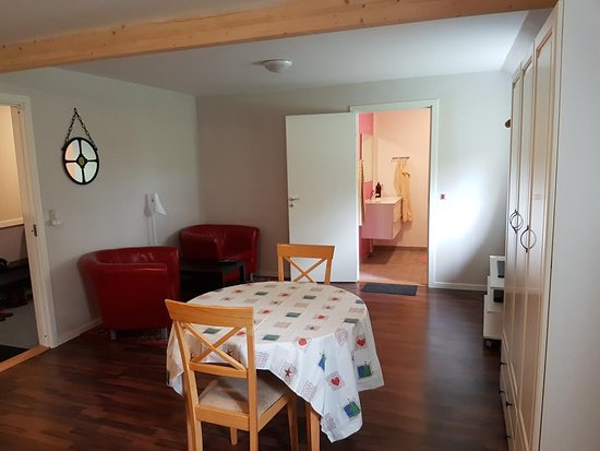 Faarvang, Denmark: Large double room H1 with private bathroom