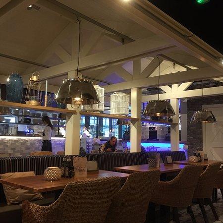 Interieur picture of restaurant pavarotti zoetermeer for Interieur restaurant