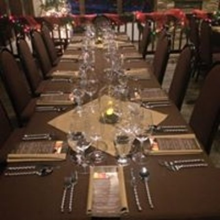 Bigfork, MT: Table set for wine dinner