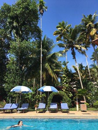 Deshadan Cliff & Beach Resort: photo0.jpg