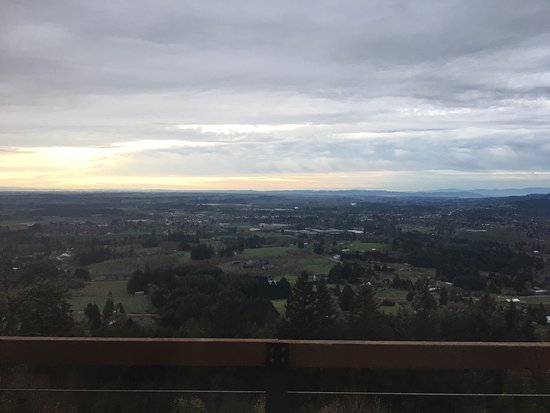 Newberg, OR: From our recent visit to Chehalem Ridge Bed and Breakfast.