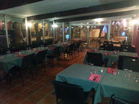 Restaurant la table d 39 emile dans gignac avec cuisine p tes for Table 99 restaurant