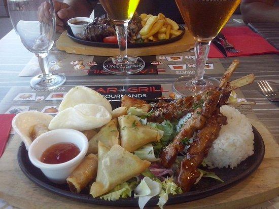 Cenon, France: Assiette asiatique