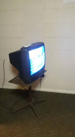 Jasper, AR: Ancient television with pathetic reception