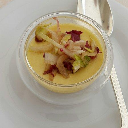 Puligny-Montrachet, Frankrijk: Foie gras pre starter, Le Montrachet