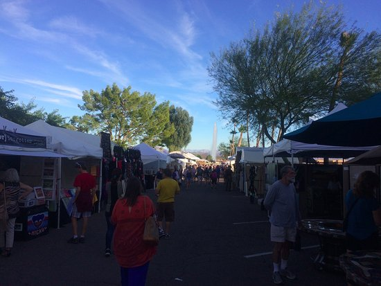 """A Great Time at the Fountain Hills Art Festival"""