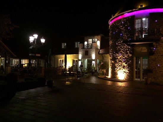 Willich, Deutschland: Wide view of the entrance