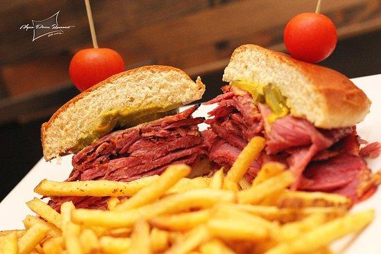 Rouyn-Noranda, Καναδάς: Notre fameux smoked meat