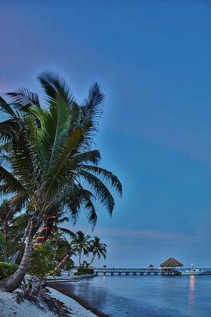 La Perla Del Caribe: View from beach at dusk