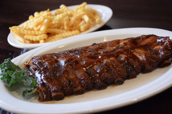 Rock Falls, IL: Rack of ribs and fries
