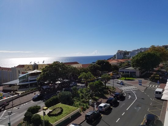 Lince Hotel Madeira: Looking west from room window
