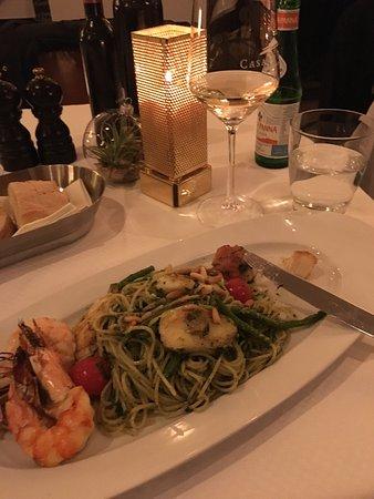 Casa Di Roma : Leckeres Essen, zuvorkommender und aufmerksamer Service. Vielen Dank für den schönen Abend