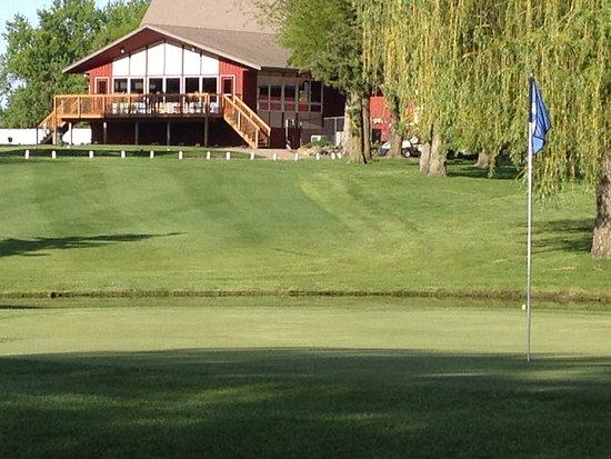 Worthington Golf Course clubhouse.