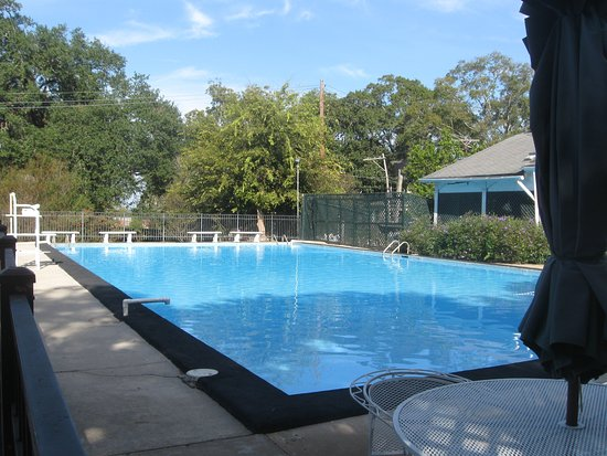 Natchez, MS: Swimming pool on the grounds of Stanton Hall