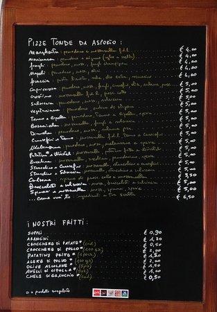 Cervara di Roma, Italië: PIZZE TONDE