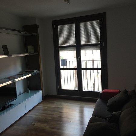 Happy Apartments Valencia: realidad. sin luz ni terraza