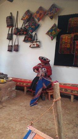 Chinchero, Peru: artesã