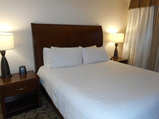 Auburn, NY: King suite