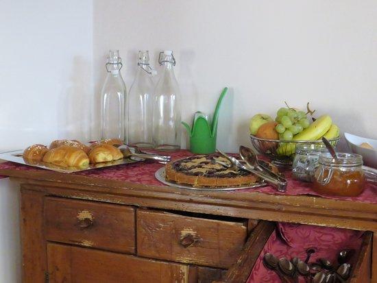 Casa Mastacchi: Breakfast buffet
