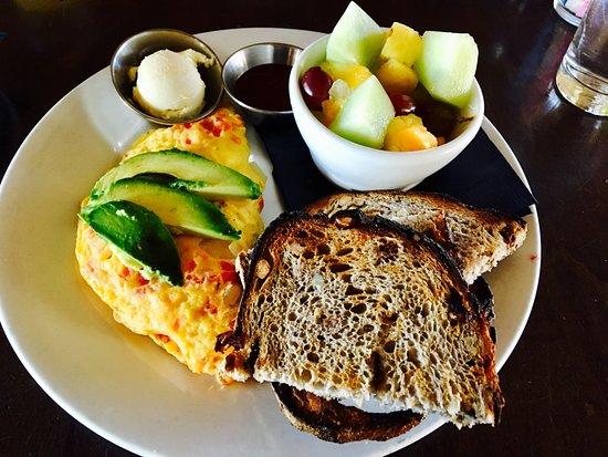 Arvada, Κολοράντο: California omelet