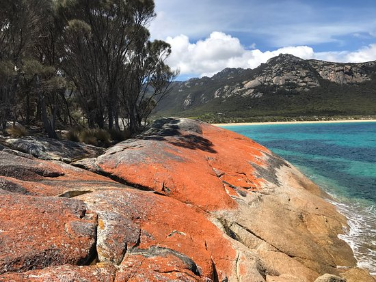 Magnificent scenery at Trousers Point on Flinders Island
