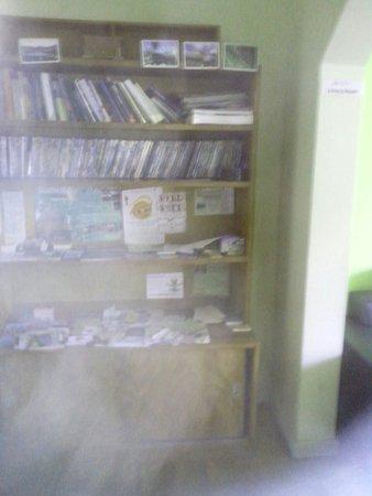 Community Hostel: Aufenthaltszimmer und Buchaustausch