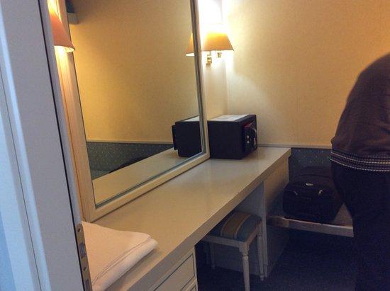 Hotel Sollievo Terme: cabina armadio