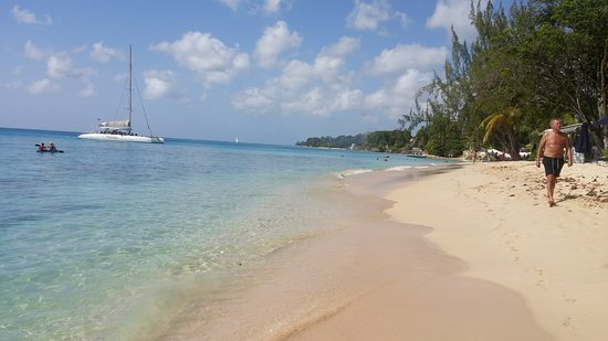 Holetown, Barbados: Alleynes beach by Golden Acre
