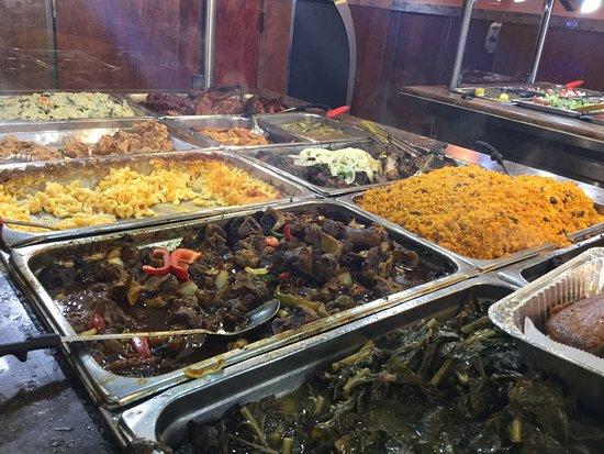Vu sur le buffet 2 foto di jacob restaurant soul food for Food bar new york city