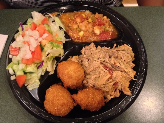 West Jefferson, NC: Small BBQ plate with Brunswick Stew and salad